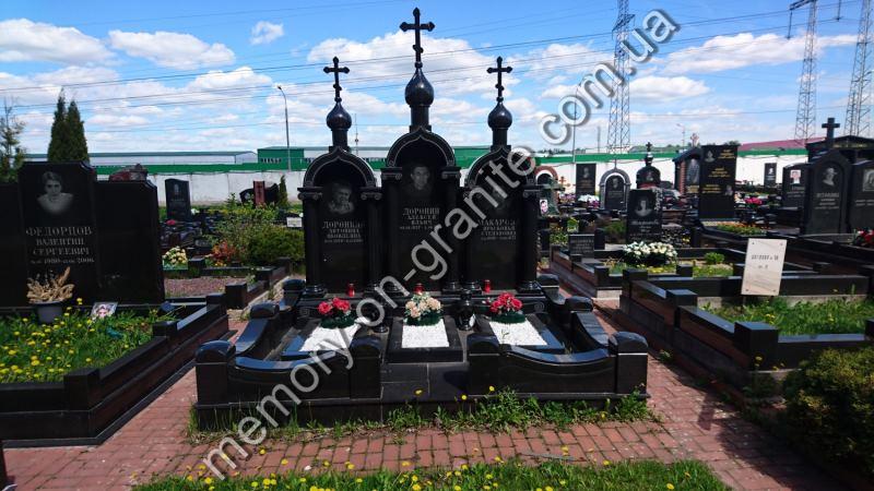 Гранитные цвветники на могилу
