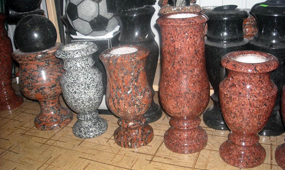 Гранитные вазы на памятники в Запорожье